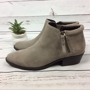 WhiteMountain Delaney Suede Leather Booties, Sz 10